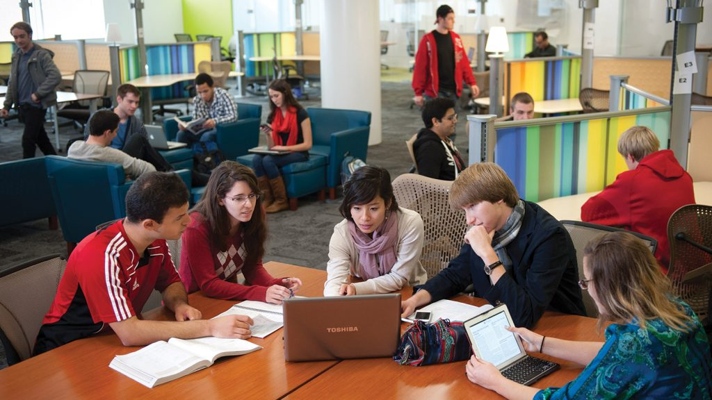 Students in Hunt Library