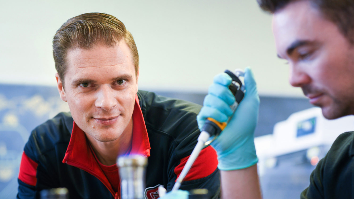 Photo of Rodolphe Barrangou with graduate student Matthew Nethery in the lab.
