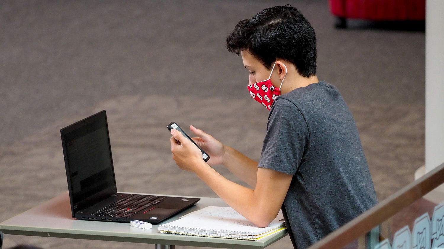student with facemask